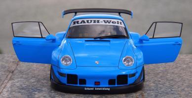 Прикрепленное изображение: Porsche 993 RWB (14).jpg