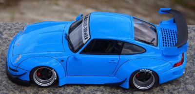 Прикрепленное изображение: Porsche 993 RWB (11).jpg