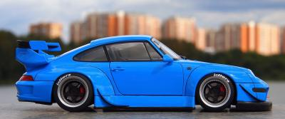 Прикрепленное изображение: Porsche 993 RWB (3).jpg