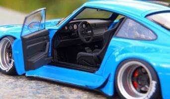 Прикрепленное изображение: Porsche 993 RWB (15).jpg