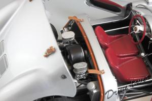 Прикрепленное изображение: Porsche 550 Spyder (set with VW T1 Renntransporter) Schuco 450007700_23.jpg
