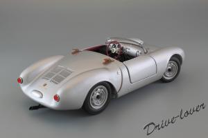 Прикрепленное изображение: Porsche 550 Spyder (set with VW T1 Renntransporter) Schuco 450007700_08.jpg