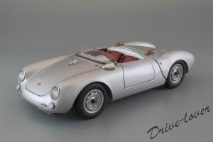 Прикрепленное изображение: Porsche 550 Spyder (set with VW T1 Renntransporter) Schuco 450007700_01.jpg