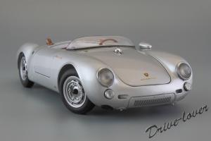 Прикрепленное изображение: Porsche 550 Spyder (set with VW T1 Renntransporter) Schuco 450007700_02.jpg