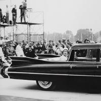 Прикрепленное изображение: 1959 Cadillac Bubble-Top 05.jpg