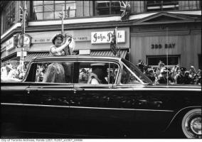 Прикрепленное изображение: 1959 Cadillac Bubble-Top 07.jpg