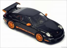 Прикрепленное изображение: 2001 Porsche 911 GT3 RS - Minichamps - 02012817 - 3_small.jpg