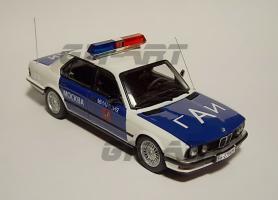 Прикрепленное изображение: BMW E28 ГАИ РОССИИ 12.JPG
