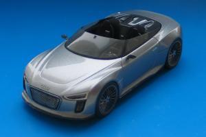 Прикрепленное изображение: Audi_e-tron_Spyder-01.jpg