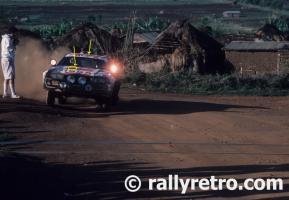 Прикрепленное изображение: S3-A4-17-MikeKirkland-Safari1985.jpg