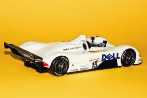 Прикрепленное изображение: BMW_W12_LMR_Orange_1.jpg