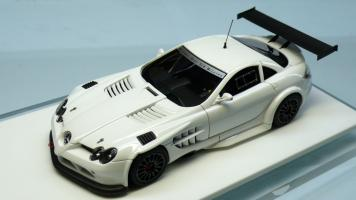 Прикрепленное изображение: Davis Giovanni Mercedes Benz McLaren SLR722 GT_3.jpg