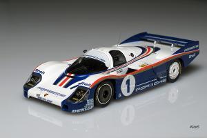 Прикрепленное изображение: Porsche 956LH Le Mans 1982 HPI 8037.jpg