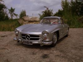 Прикрепленное изображение: Mercedes-Benz 300 SL Gullwing (45).jpg