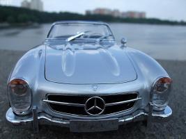 Прикрепленное изображение: Mercedes-Benz 300SL Roadster 1957 (1)-1.jpg