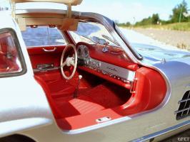 Прикрепленное изображение: Mercedes-Benz 300 SL Gullwing (22).jpg