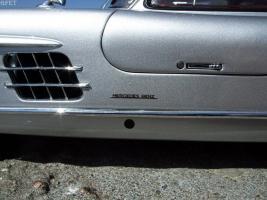 Прикрепленное изображение: Mercedes-Benz 300 SL Gullwing (26).jpg
