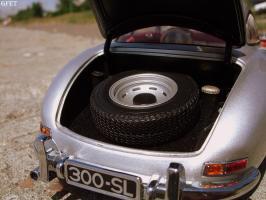 Прикрепленное изображение: Mercedes-Benz 300 SL Gullwing (24).jpg