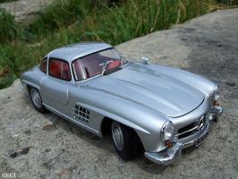 Прикрепленное изображение: Mercedes-Benz 300 SL Gullwing (5).jpg
