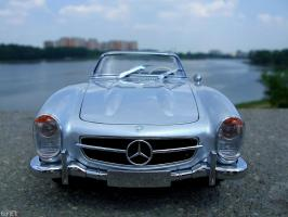 Прикрепленное изображение: Mercedes-Benz 300SL Roadster 1957 (33).JPG
