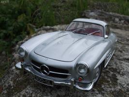 Прикрепленное изображение: Mercedes-Benz 300 SL Gullwing (14).jpg
