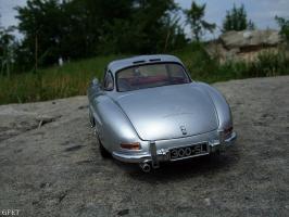 Прикрепленное изображение: Mercedes-Benz 300 SL Gullwing (15).jpg