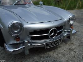 Прикрепленное изображение: Mercedes-Benz 300 SL Gullwing (32).jpg