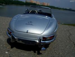 Прикрепленное изображение: Mercedes-Benz 300SL Roadster 1957 (31).JPG