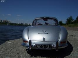 Прикрепленное изображение: Mercedes-Benz 300 SL Gullwing (2).jpg