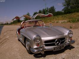 Прикрепленное изображение: Mercedes-Benz 300 SL Gullwing (43).jpg