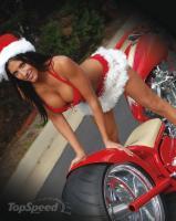 Прикрепленное изображение: biker-chick-waits-fo-2_460x0w.jpg