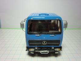 Прикрепленное изображение: 143 NEO MERCEDES BENZ NG73NG80 tractor Blue 2.JPG