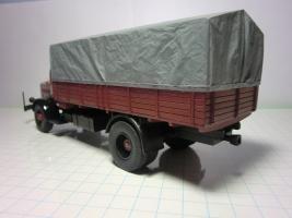 Прикрепленное изображение: Мерседес L6500 1937 (RO-Models) 3.JPG