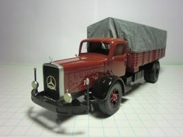 Прикрепленное изображение: Мерседес L6500 1937 (RO-Models) 1.JPG