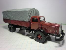Прикрепленное изображение: Мерседес L6500 1937 (RO-Models) 4.JPG