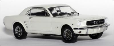 Прикрепленное изображение: 1965 Ford Mustang Plain Body Race Car - Apex Replicas - AR0204 - 3_small.jpg