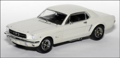 Прикрепленное изображение: 1965 Ford Mustang Plain Body Race Car - Apex Replicas - AR0204 - 1_small.jpg