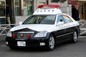 Прикрепленное изображение: 800px-Japanese_TOYOTA_CROWN_GRS180_police_car.jpg