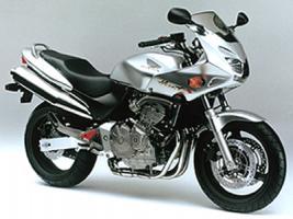 Прикрепленное изображение: 185-Honda-Hornet S.jpg