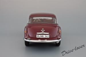 Прикрепленное изображение: BMW 502 2.6 Luxus Autoart 70594_05.jpg