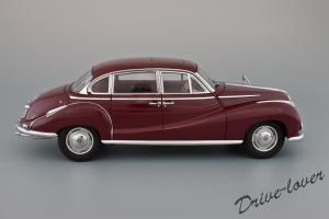 Прикрепленное изображение: BMW 502 2.6 Luxus Autoart 70594_03.jpg