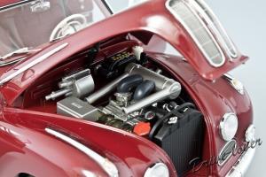 Прикрепленное изображение: BMW 502 2.6 Luxus Autoart 70594_11.jpg