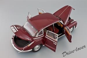 Прикрепленное изображение: BMW 502 2.6 Luxus Autoart 70594_07.jpg