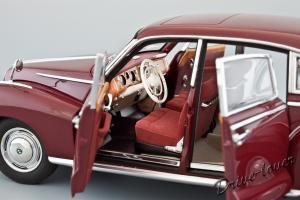 Прикрепленное изображение: BMW 502 2.6 Luxus Autoart 70594_09.jpg