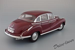 Прикрепленное изображение: BMW 502 2.6 Luxus Autoart 70594_06.jpg