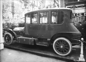 Прикрепленное изображение: 5-12-10. Salon de l\'Auto. Stand Fiat 30 40.jpg