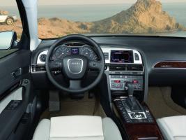 Прикрепленное изображение: Audi_A6_Allroad_salon.JPG