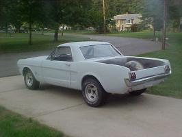 Прикрепленное изображение: eBay Find 1965 Mustang Truck.jpg