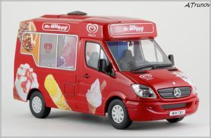 Прикрепленное изображение: 2006 Mercedes-Benz Sprinter W906 Walls Ice Cream Whitby Mondial Ice Cream Van - Oxford Diecast - WM001 - 5_small.jpg