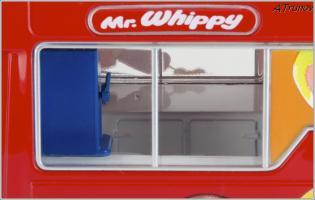 Прикрепленное изображение: 2006 Mercedes-Benz Sprinter W906 Walls Ice Cream Whitby Mondial Ice Cream Van - Oxford Diecast - WM001 - 6_small.jpg